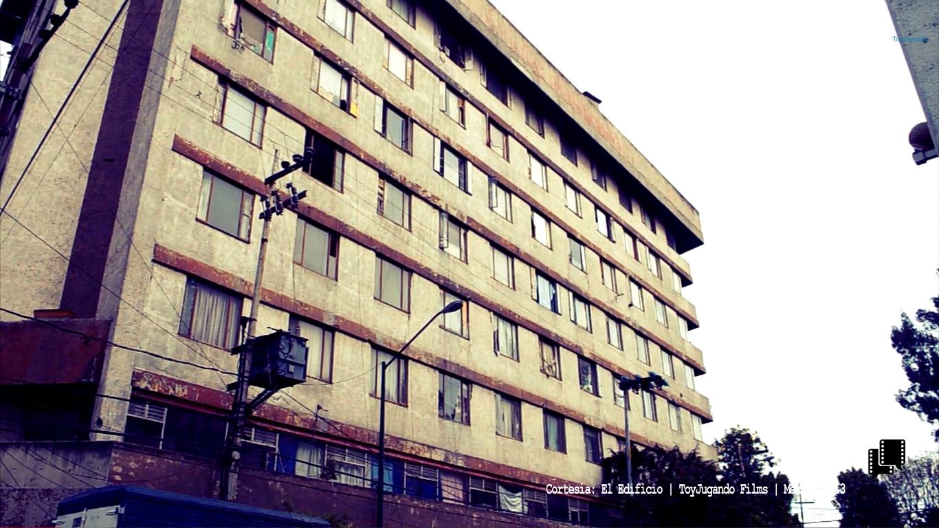 El Edificio | Yosihaki Cervantes y Luis Rodríguez | ToyJugando Films | México 2013