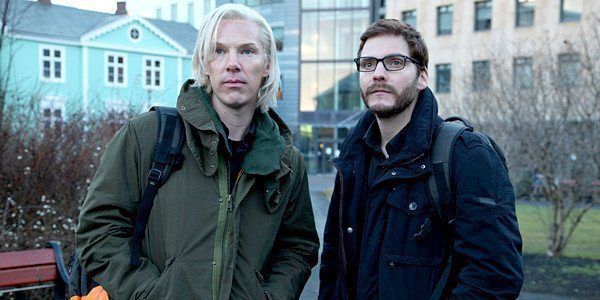"""THE FIFTH ESTATE"" FE-0002-00609 Benedict Cumberbatch (left) portrays Julian Assange and Daniel Brühl portrays Daniel Domscheit-Berg in the DreamWorks Pictures' drama ""The Fifth Estate"". Ph: Frank Connor ©DreamWorks II Distribution Co., LLC.  All Rights Reserved."